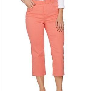 C. Wonder 5 pocket Slim Crop Jeans-Peach Sz 8